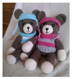 Háčkovaní medvídci ve svetru a čepici, různé barvy Origami, Teddy Bear, Toys, Animals, Activity Toys, Animales, Animaux, Clearance Toys, Origami Paper