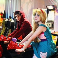 amazing star vs the forces of evil cosplayers!