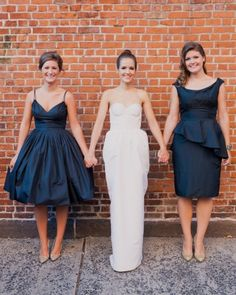 loving these navy bridesmaid dresses in complementary styles
