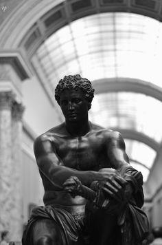 """excelsior-praeteritum: """" The Louvre Found in onlypassionatecuriosity.com """""""