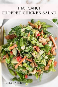 This healthy peanut Asian chopped salad with chicken and a delicious peanut dressing is a delicious way to add more veggies into your diet! It's loaded with fresh, crunchy vegetables, chicken, and baked wonton chips, and it's great for meal prep, and perfect for using leftover or rotisserie chicken. #asianfood #choppedsalad #asianchoppedsalad #asianchickenchoppedsalad #chruncyasianchoppedsalad #mealprepsalads #mealprepideas #healthyasiansalad #thaipeanutsalad #peanutsauce… Fresh Salad Recipes, Healthy Salad Recipes, Whole Food Recipes, Family Recipes, Healthy Lunches For Work, Healthy Family Meals, Healthy Dinners, Healthy Eating, Perfect Salad Recipe
