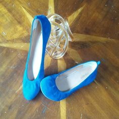 Nine west royal blue suede shoes Beautiful royal/ cobalt color genuine suede flats with hidden 1/2 in wedge in back. Very comfy, good used condition. Size 8. Nine West Shoes Flats & Loafers