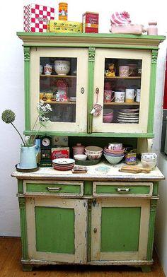 Retro Kitchen - Vintage Kitchen Green Cabinet & Buffet - Vintage Home decor ideas