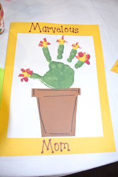 Mother's Day card. #littlehandsbigplans