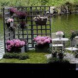 We've never seen floating gardens before, but we stumbled upon the Landskrona, Sweden Garden Guild contest