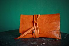 kibisis BRADY leather tobacco pouch - for smokers - porta tabacco pelle. €35,00, via Etsy.