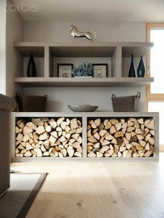 You need a indoor firewood storage? Here is a some creative firewood storage ideas for indoors. Lots of great building tutorials and DIY-friendly inspirations! Home Living Room, Living Room Designs, Living Room Decor, Living Area, Indoor Firewood Rack, Wood Store, Interior Design, Storage Ideas, Toy Storage