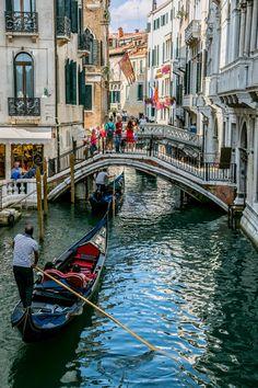 Venice Things To Do, Things To Do In Italy, Venice City, Venice Canals, Gondola Venice, Carnival Venice, Venice Travel, Italy Travel, Mykonos