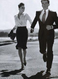 San Francisco Chronicles: Daria Werbowy and Pierce Brosnan Daria Werbowy, William Boyd, Black And White Outfit, Black White, Look Man, Pierce Brosnan, Bond Girls, James Bond Ladies, Provocateur