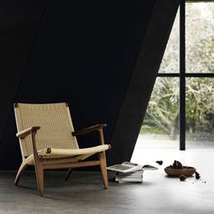 A Light And Classic Easy Chair Well Suited To Any Room.