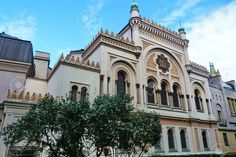 http://www.123rf.com/photo_35261337_spanish-synagogue-in-prague-czech-republic.html