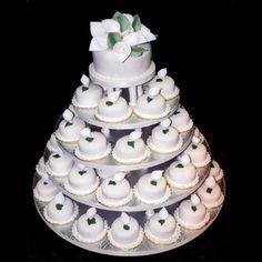 wedding cupcakes by klgray
