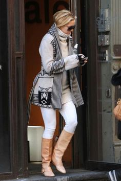 Kate Hudson: bundled up in neutrals
