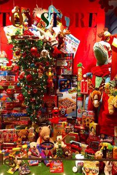 Kaboodles Victoria Christmas 2016 kaboodles.com PropaganZa Visual Display & Design Visual Display, Display Design, Christmas 2016, Christmas Tree, Christmas Window Display, Victoria, Holiday Decor, Home Decor, Art