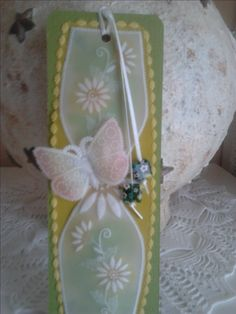 Parchment craft bookmark inspired by a pattern from Amanda Yeh