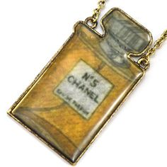 Retro Vintage Chanel No 5 Perfume Bottle Novelty Necklace JN31