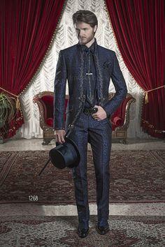 Abito da sposo uomo broccato blu con ricamo nero e argento / Blue Brocade Wedding Suits with Silver-Tone/Black Embroidery / Trajes de novio brocado azúl bordado negro plata
