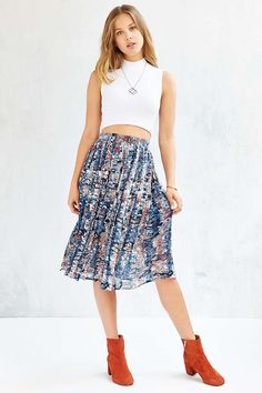 Love Sadie Marbled Pleated Skirt - Urban Outfitters