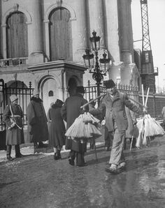 The Royal Palace 1946 Little Paris, Bucharest Romania, Royal Residence, Royal Palace, Old City, Photo Archive, Popular Culture, Canoe, Old Photos