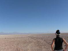 Refletindo sobre a vida. #lagunas #desertodoatacama #socaire #atacama #ojosdelsalar #salardoatacama #chiletravel #chile #viagem #blogueirosdeviagens