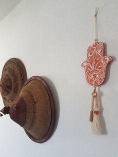 20210721_175225 Terracotta, Symbole Protection, Plexus Solaire, Les Religions, Boutique, Hamsa, Crochet Earrings, Drop Earrings, Budget