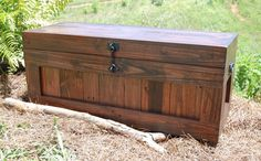 Large Hope Chest/coffee Table/end Of The Bed Bench / Entry/ Storage