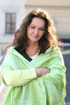 Anna #Dymna  w swoim ulubionym, zielonym kolorze :)