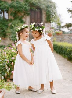 Photography: Marisa Holmes | Floral Design: Stiatti Fiori | Flower Girl Dresses: US Angels