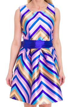 Платье из ткани зигзаги