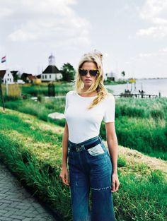 Lara again of course. Gorgeous + great sunglasses