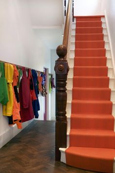stair runner by Roger and Oates. Where can I find those in Sydney? Floor Runners, Hallway Carpet Runners, Carpet Stairs, Stair Runners, 1960s House Renovation, Narrow Hallway Decorating, Orange Carpet, Grey Carpet, Hallway Colours