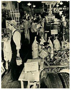 Sears Roebuck Store   by paul.malon