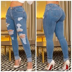 Ripped Jeans, Denim Jeans, Skinny Jeans, Sweet Jeans, Curvy Fashion, Womens Fashion, Pose, Shorts With Tights, Beautiful Curves