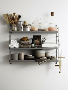 See more ideas about Shelves, Shelf inspiration and Interior. Modern Bathroom Decor, Grey Bathrooms, White Bathroom, Industrial Bathroom, Industrial Chic, Bathroom Interior, Bathroom Inspiration, Interior Inspiration, Style Inspiration