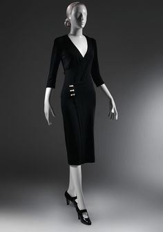 Fashion Archives: Charles James 'Taxi' Dress (1932) Charles James believed that any woman should be able to change in a taxi, so he made this dress in two contiguous pieces that wrapped around the body and hooked closed at the waist.