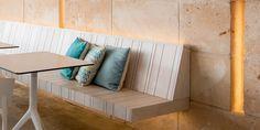 MARI-SOL Table 62 cm, H 50 / 73 / 105 - Schulz Österreich GmbH Outdoor Sofa, Outdoor Furniture, Outdoor Decor, Restaurant Booth, Entryway Bench, Wall Design, Indoor, Interior Design, Table