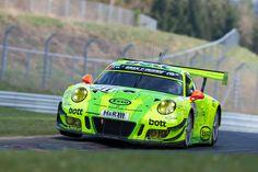 Porsches Aufstellung für das 24h-Rennen http://addicted-to-motorsport.de/2017/04/22/n24h-2017-porsche-teams-fahrer/?utm_campaign=crowdfire&utm_content=crowdfire&utm_medium=social&utm_source=pinterest #addicted2motorsport #24hnurburgring #n24h #porsche