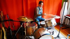30 Great Places to Learn a New Instrument Online