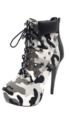 Schuhe High Glitter – High Heels Riemchen – Source by tomsakelby Hot Shoes, Women's Shoes, Me Too Shoes, Shoe Boots, Ankle Boots, Camo Boots, Camo Heels, Shoes Style, High Heel Boots