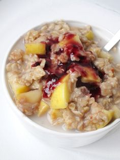 I have another oatmeal recipe for you. It's basically the combination of several of my favorite oatmeal recipes. I woke up Monday morning craving peanut butter, but I needed to use up half an apple...