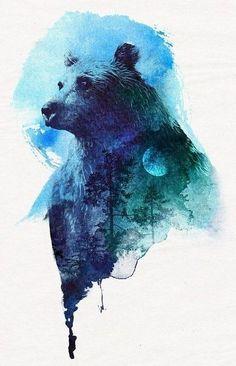 Акварельный набросок для тату с медведем на фоне леса и луны