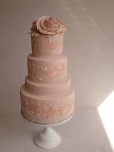 Dusky Pink - Cake by Louisa Massignani Take The Cake, Love Cake, Gorgeous Cakes, Pretty Cakes, Amazing Wedding Cakes, Amazing Cakes, Wedding Cakes With Cupcakes, Cupcake Cakes, Pink Icing