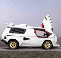Vw Bus T3, Volkswagen, Vw T3 Tuning, Audi Lamborghini, T2 T3, Vanz, Cool Vans, Weird Cars, Busse