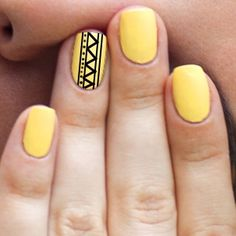 yellow-with-black-aztec-nail-art.jpg
