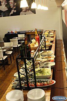 Balcão Self Service para Restaurante, refrigerado (frio) e térmico (quente), para servir comida à kilo.