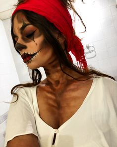 #halloween #halloween2017 #halloweenmakeup Halloween 2017, Scary Halloween, Halloween Make Up, Halloween Face Makeup, Scary Scary, Crafty, Projects, Log Projects, Spooky Halloween