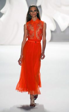 Carolina Herrera - Carolina Herrera - Nueva York - Mujer - Primavera Verano 2013 - Pasarelas, desfiles, diseñadores, videos, calendarios, fotos y backstage - Tendencias, glamour y celebrities - ELLE.ES
