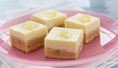 Fresh and full of flavour, these Lemon Blondies are a perfect way to capture all the joys of Spring. A soft and delicious crusty base is topped off with a gooey lemon glaze for a irresistible dessert that's just bursting with zesty lemon taste. Most Delicious Recipe Ever, Delicious Recipes, Gâteau Tres Leches, Eagle Brand Recipes, Sugar Cookie Bars, Recipe Details, Lemon Recipes, Rice Krispie Treats, Mint Chocolate