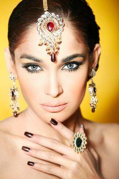 Zara Salon Engagement Bridal Makeup Overlook | FashionStyleCry: Bridal Dresses, Women Wear, Makeup