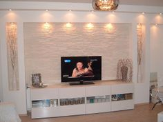 How to decor you walls, do you know? ideen deckengestaltung Living Room Tv Unit Designs, Ceiling Design Living Room, Tv Wall Design, False Ceiling Design, Living Room Decor, House Design, Modern Tv Wall Units, Tv Wall Decor, Salon Ideas